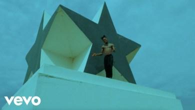 Stonebwoy Putuu video - Stonebwoy ft. Rémy Adan - Putuu Freestyle (Remix)(Official Video)