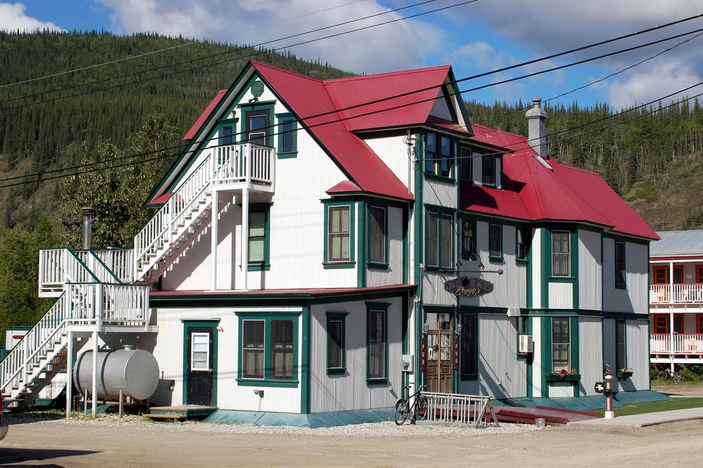 Dawson City Music Festival places to stay sponsors Bombay Peggy's Inn Dawson City Yukon