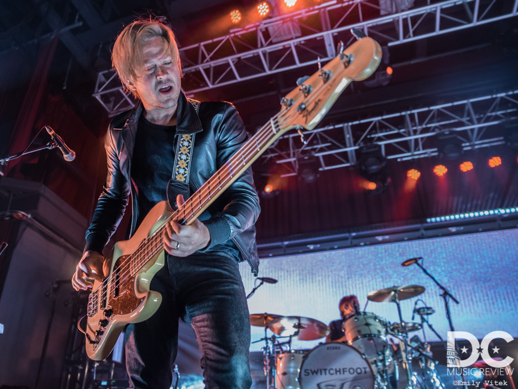 Switchfoot Sings in Their Native Tongue At the Fillmore