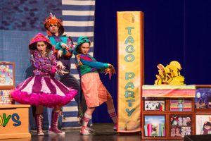 Theatreworks USA Dragons Love Tacos and Other Stories