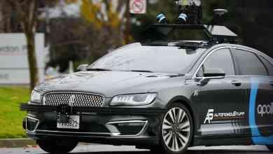 Photo of بايدو تختبر تجاريًا سيارات الأجرة الذاتية القيادة في الصين