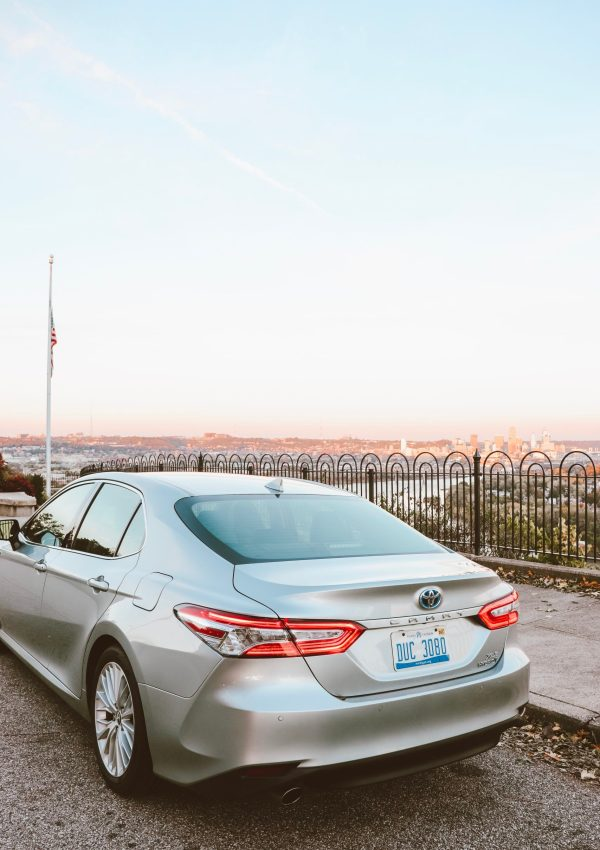 Hybrids & Haystacks with The 2018 Toyota Camry Hybrid XLE