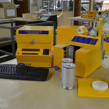 CAL2K Oxygen Bomb Calorimeter   DDS Calorimeters