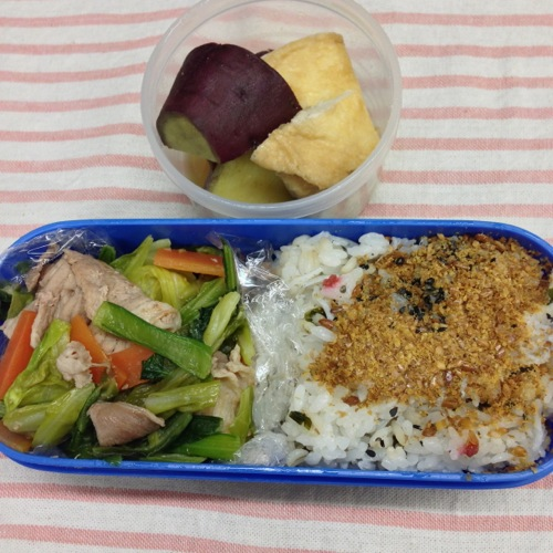 肉野菜炒め弁