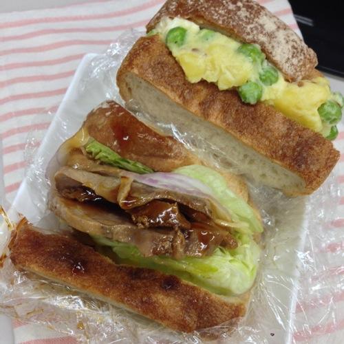 アヒルのサンドイッチ