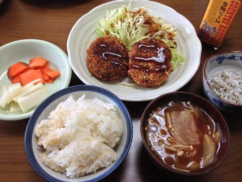 th_コロッケ朝食