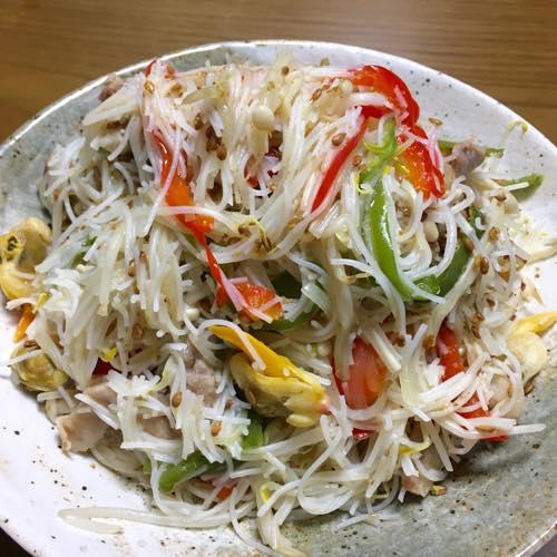 th_野菜たっぷり焼きビーフン