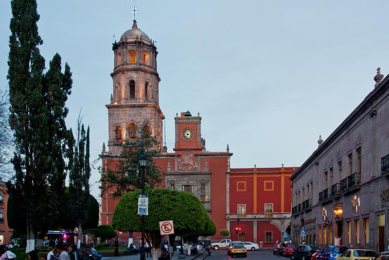 Simon De La San Historia