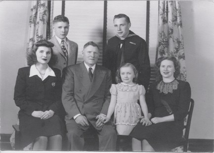 family and aunt greta My great aunt already did our family tree aunt nancy has a lot of names on a family tree, but she doesn't say where she got any of her information.