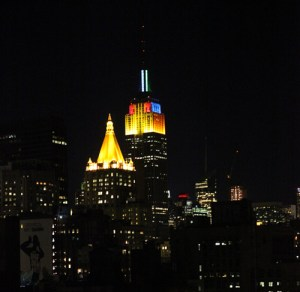 NYC honors Furthur's visit by tie-dyeing the Empire State Building