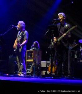 Bob Weir & Phil Lesh - Furthur Dec. 29 2011 (♥);} Deadheadland.com