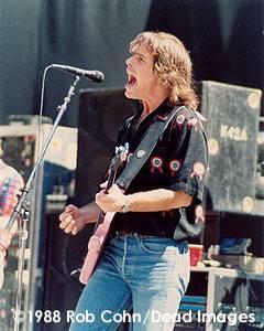 GD Frost, palo Alto 4.30.1988 © Robbi Cohn DeadImages.com  (2)