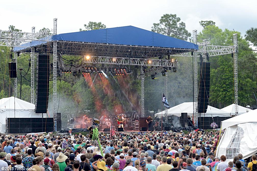 FESTIVAL SEASON IS HERE!!  2015 Wanee Music Festival April 16-18 Widespread Panic (Fri. & Sat.) Gregg Allman ¤ Gov't Mule Earth, Wind & Fire ¤ Cheap Trick and More!