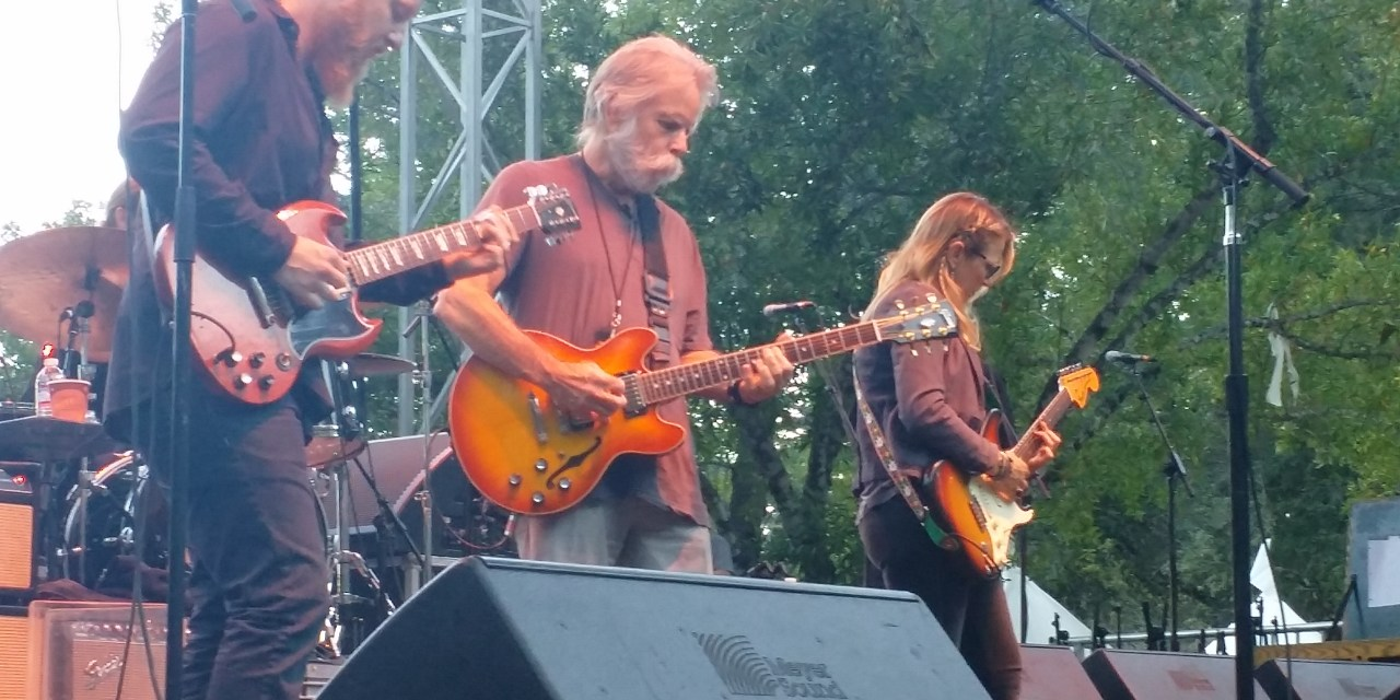 "VIDEO: Tedeschi Trucks Band w Bob Weir – ""Key To The Highway > Walkin' Blues"" from Sound Summit on Mt. Tam 9-19-2015"