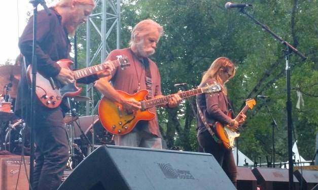 "VIDEO: Tedeschi Trucks Band w Bob Weir – ""Key To The Highway > Walkin' Blues"" from Sound Summit on Mt. Tam 9-19-2015"
