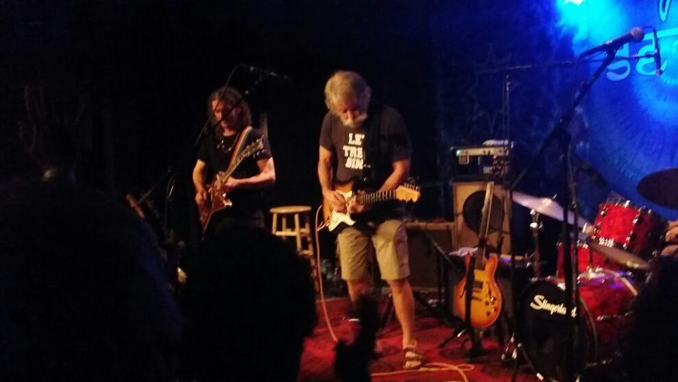 "VIDEO ""October Queen"" Bob Weir, Steve Kimock, Jay Lane, Robin Sylvester, Seva – Sing Out For Sight"
