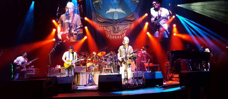 Dead and Co 11.28.2015 LV - photo by Doug Clifton