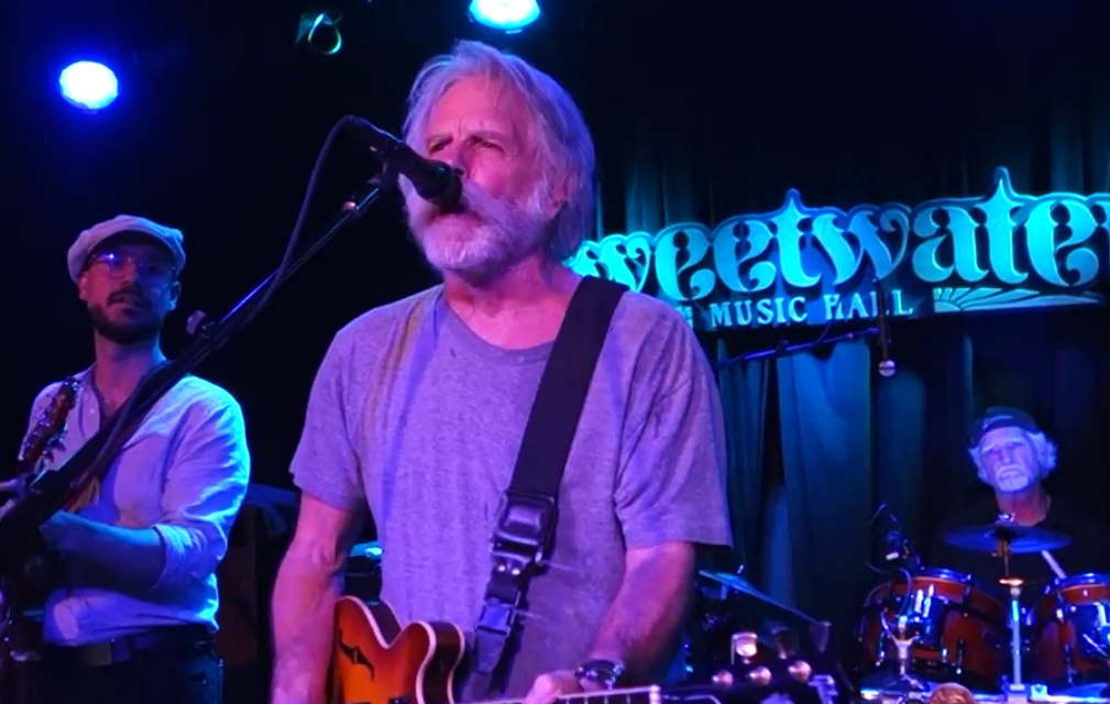 """VIDEO: Billy & The Kids w Bob Weir, Merle Haggard's """"Workin' Man Blues"""", Sweetwater Music Hall Mill Valley California, 4/8/2016"""