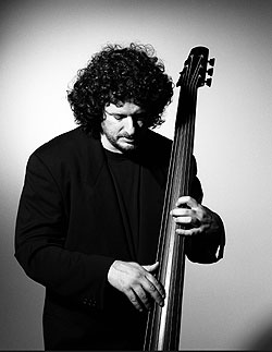 Rob Wasserman has passed away.  Grammy Award winning upright bass player w Bob Weir, Jerry Garcia, Lou Reed, Neil young and many others.