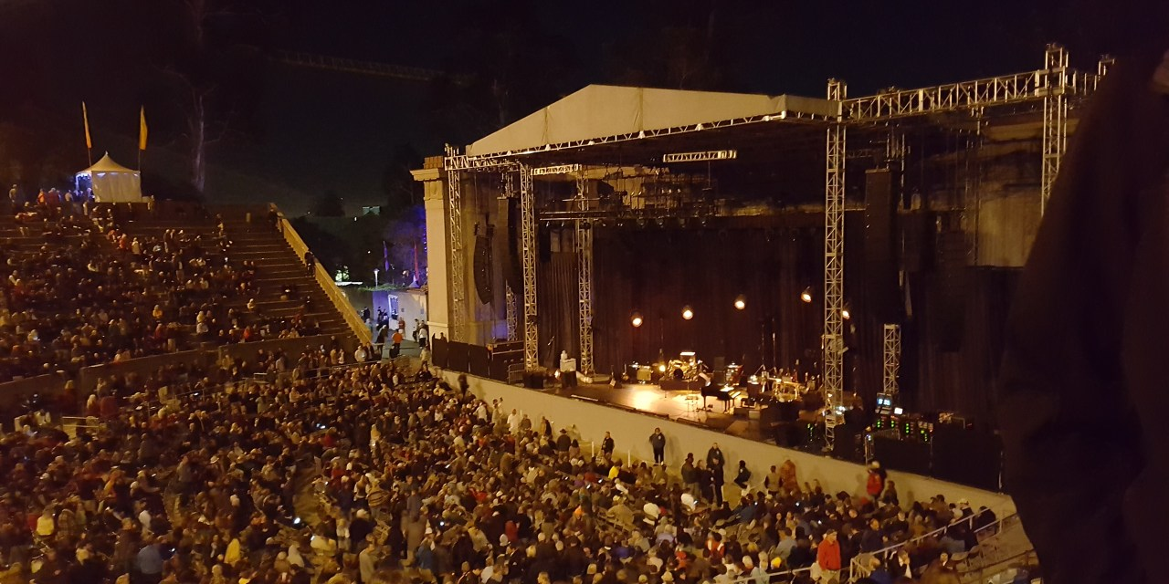 "Bob Dylan- ""Tangled Up In Blue""  Greek Theatre Berkeley 6/9/16"