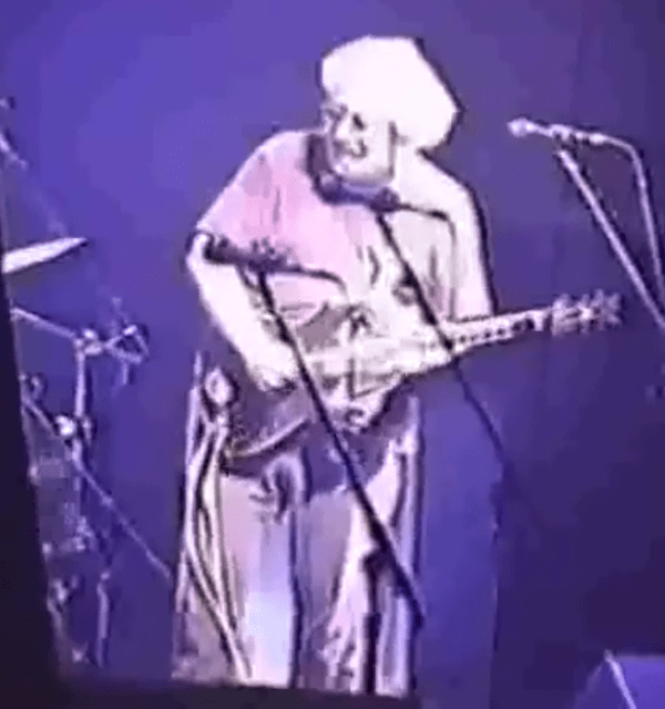 "HAPPY VALENTINES DAY! ❤️Jerry Garcia Band ""Shining Star""  Hampton Va. 11-19-1993"