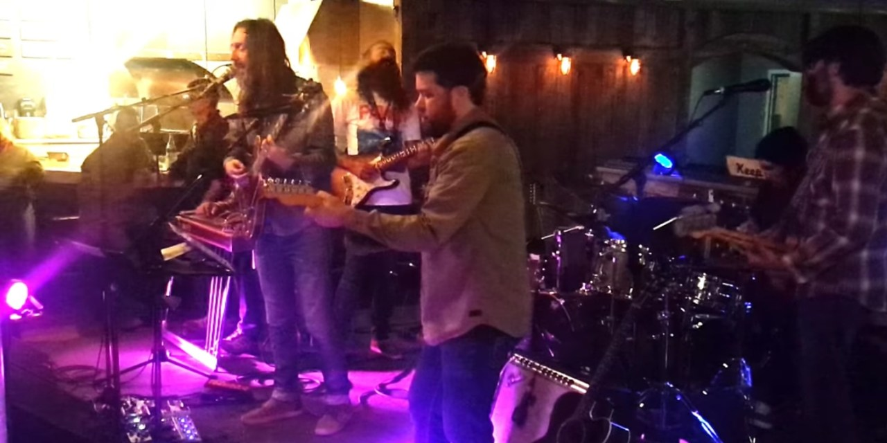 """Watch Chris Robinson w Ross James Cosmic Thursday ~ """"Oh Sweet Nothing"""" (video) 10.19.2017"""