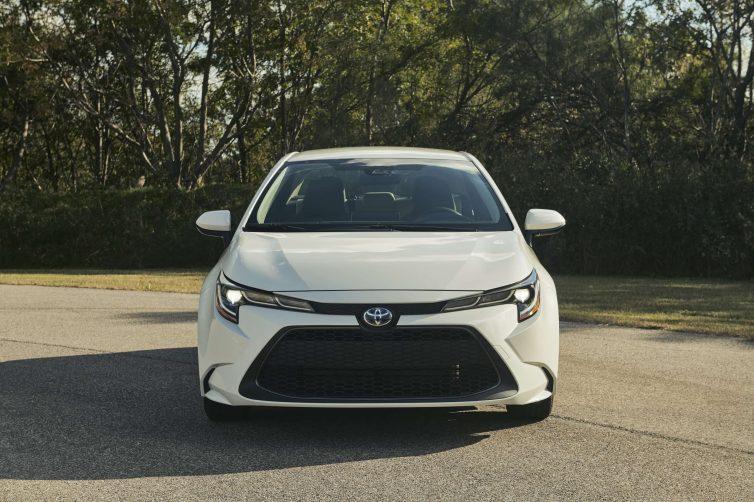 Toyota Corolla Híbrido exterior