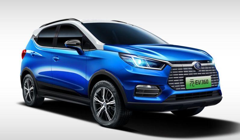 BYD Yuan EV 300 lleno