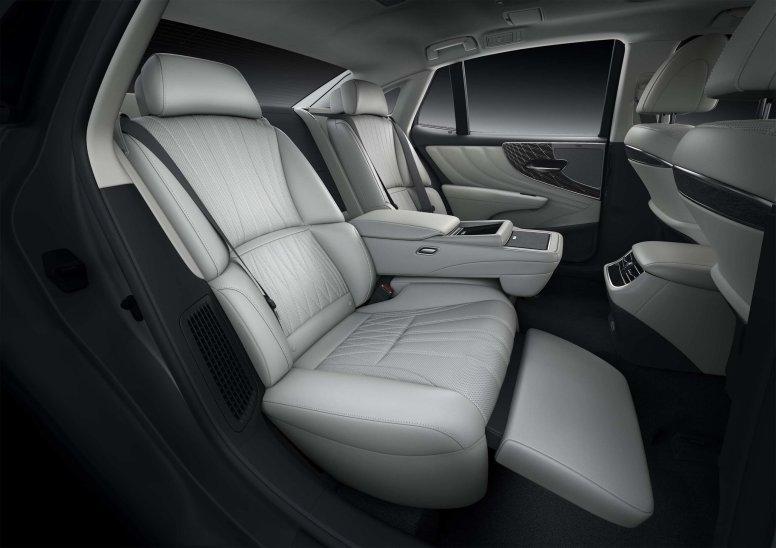 Lexus LS 2021 deagenciapa.com -016