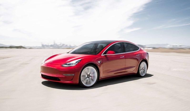 Tesla Model 3 Standard Plus lleno