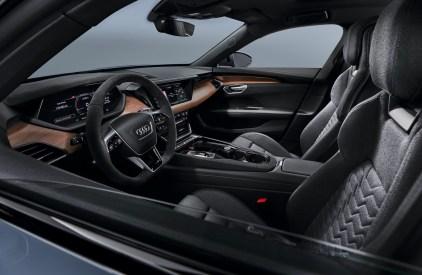 Audi e-tron GT interior