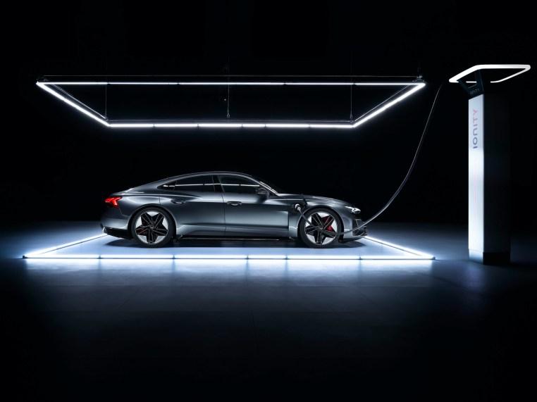 Audi e-tron RS GT exterior