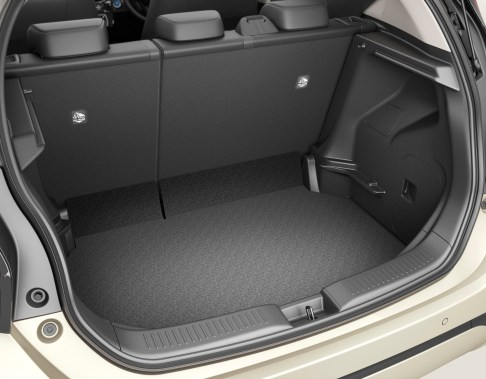 Toyota Aqua 2022 interior