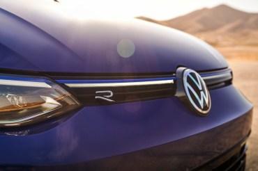 Volkswagen Golf R 2022 exterior