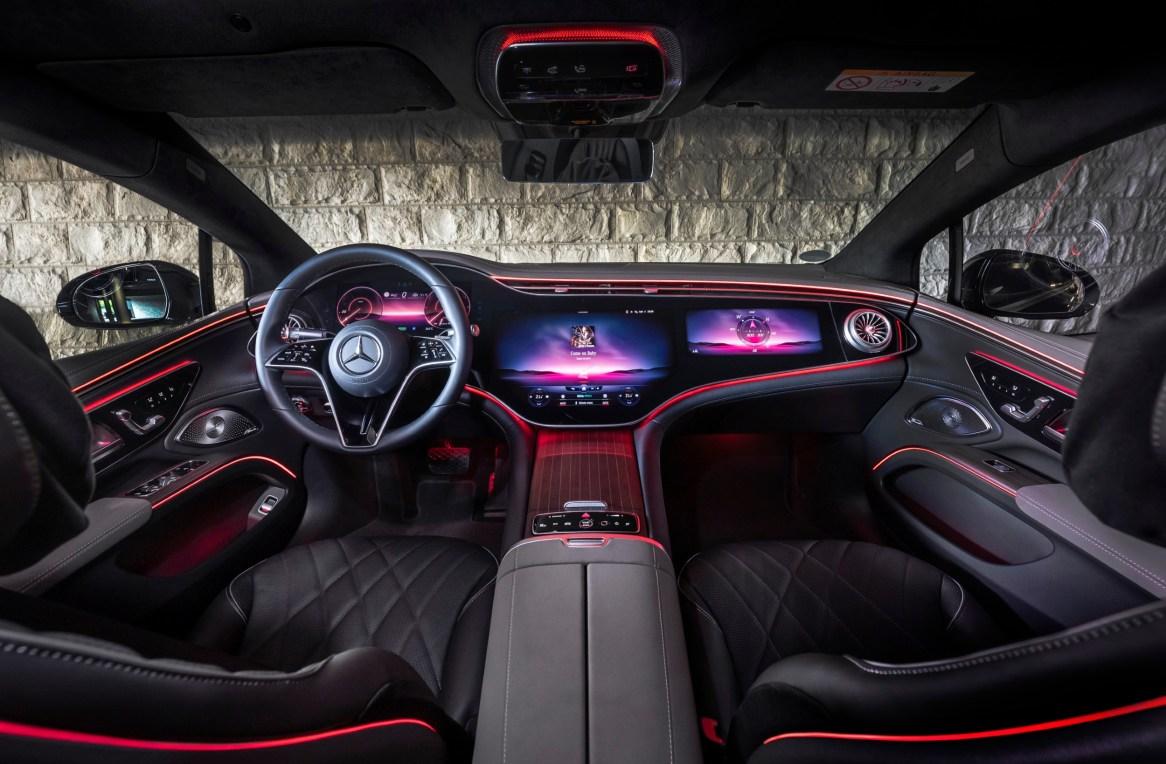 Mercedes EQS: Interior con Hyperscreen