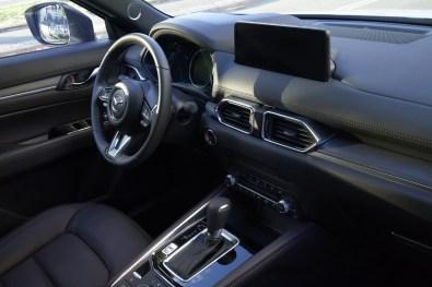 Mazda CX-5 2022: interior