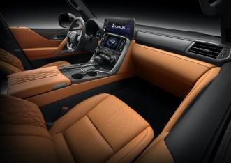 Lexus LX600 2022: Interior