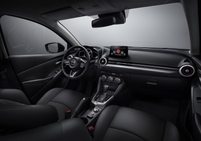 Mazda 2: Interior