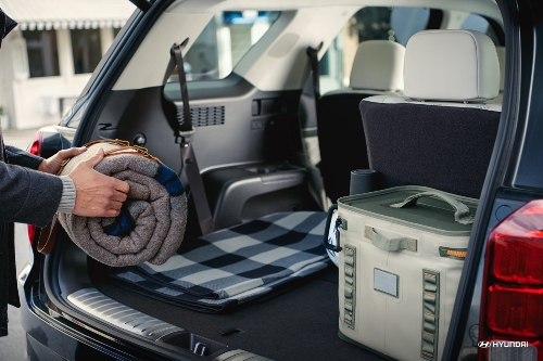 2020 hyundai palisade is packed with features and refinement. How Much Cargo Space Does The 2020 Hyundai Palisade Have Apple Valley Hyundai