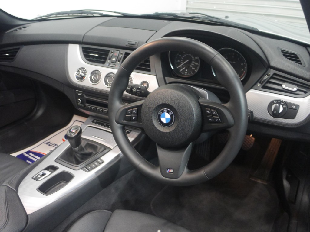 hight resolution of  bmw z series 2 0 z4 sdrive20i m sport roadster 2dr manual
