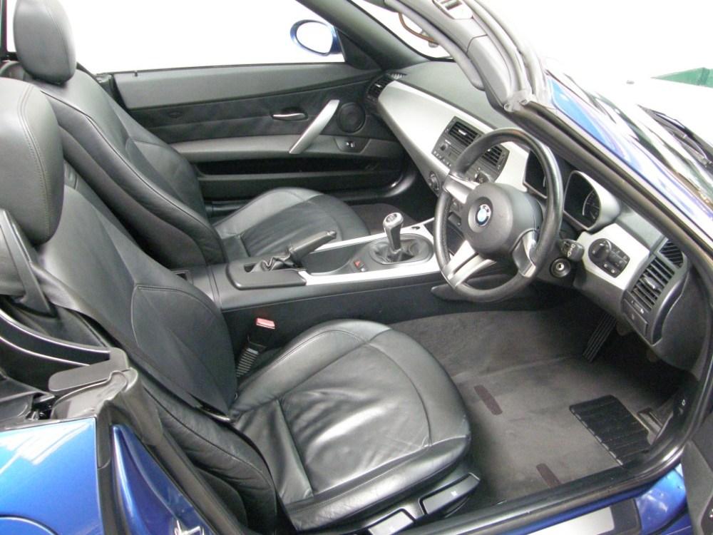 medium resolution of  bmw z series 2 0 z4 i se roadster 2dr manual