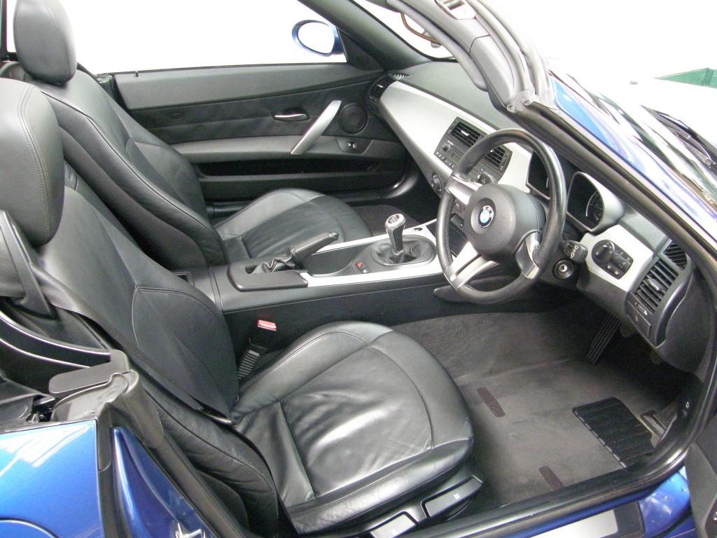 hight resolution of  bmw z series 2 0 z4 i se roadster 2dr manual