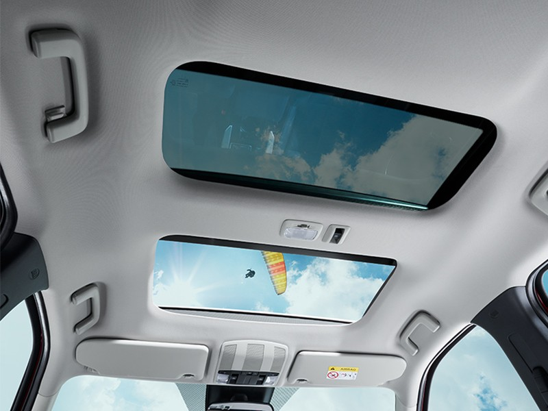 eclipse cross panoramic sunroof