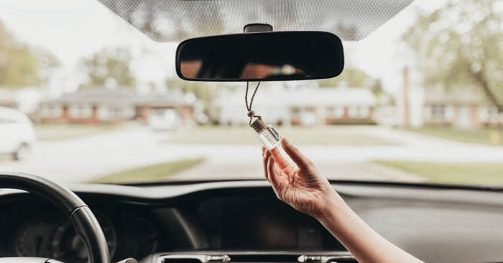 Aromatherapy-on-the-Road_-The-5-Best-Car-Scents-for-a-Better-Mood