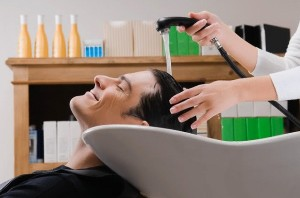 Little App Loot – Get Hair Cut for men worth Rs 150 at just Re 1 (Mumbai Only)