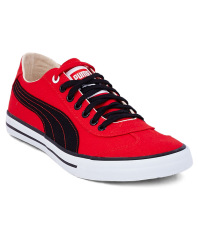 Snapdeal Loot - Buy Puma Men's Shoes and Sneakers at flat 61% off + extra Freecharge cashback