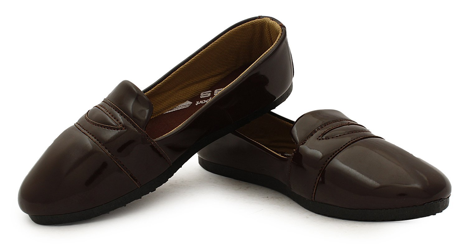 Amazon - Buy Globalite Women's Casual Shoes Pattent Brown GSC0770 at Rs 199 Only