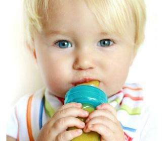 Get 62% off baby squeezable bottle fro $5.99