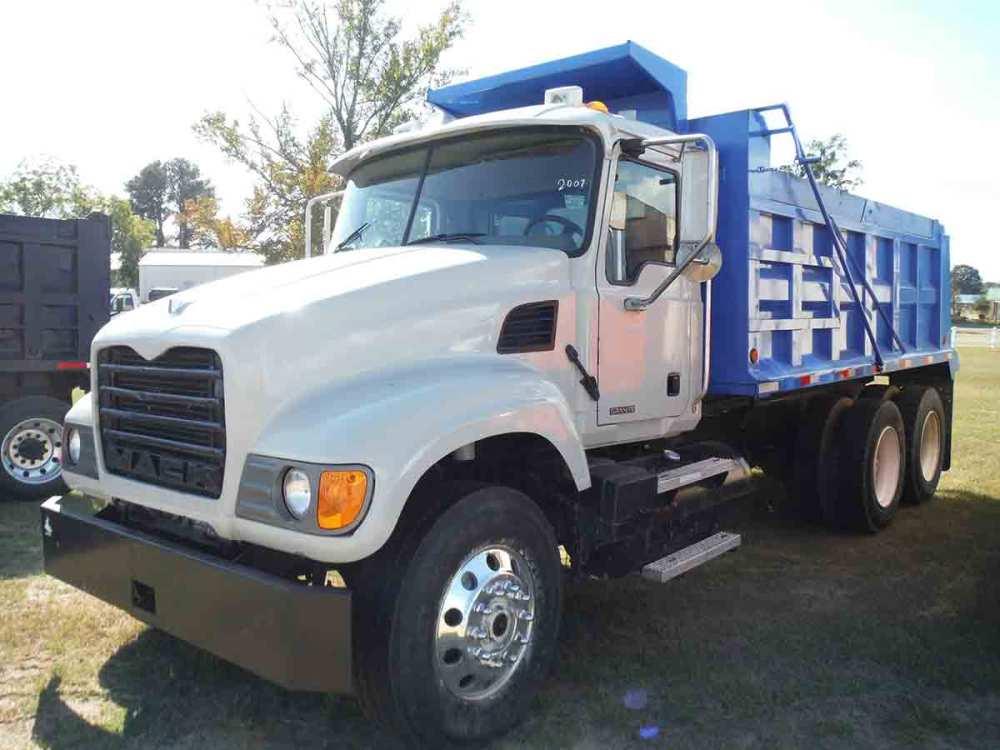 medium resolution of 2007 mack granite cv713 tandem axle dump truck s n 1m2ag11y57m060607 diesel eng 10 sp 11r24 5 rears on steel disc 11r22 5 fronts on alum