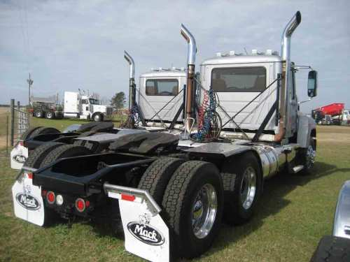 small resolution of 2012 mack chu600 truck tractor s n 1m1an15y4cm009632 rebuilt title mp8 eng allison auto wet kit rawhide interior 518k mi